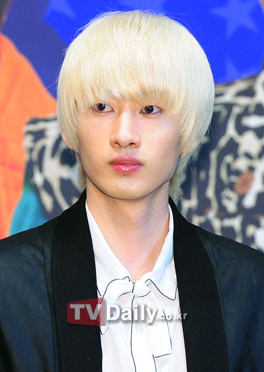 Eunhyuk 2011 [eunhyuk] 110804 super junior Eunhyuk 2012 Black Hair